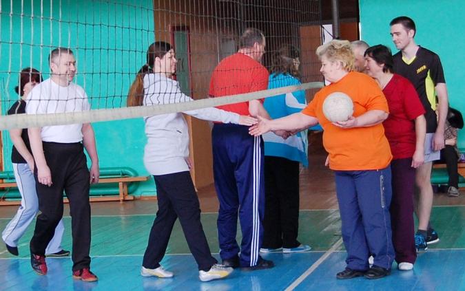 Дружеское рукопожатие перед началом игры