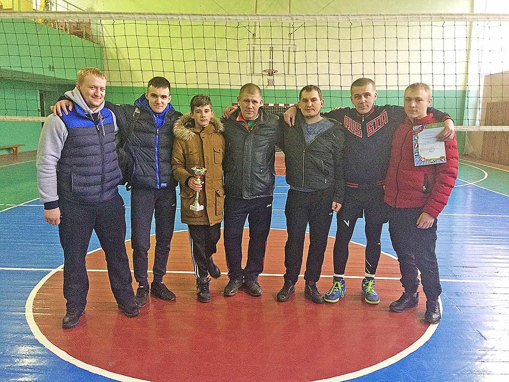 Команда из Дубового заняла первое место.