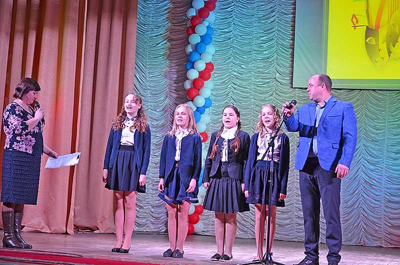 Худрук Верхнематренского ПЦК Алексей Алексеев любит работать с юными талантами.